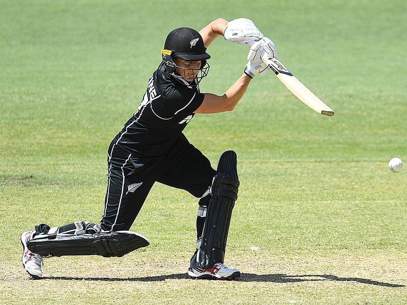 New Zealand captain Sophie Devine has compiled the fastest century in women's Twenty20 cricket.